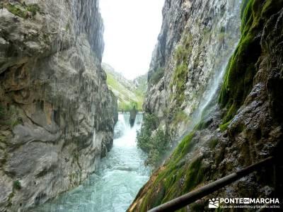 Ruta del Cares - Garganta Divina - Parque Nacional de los Picos de Europa;clubs en madrid